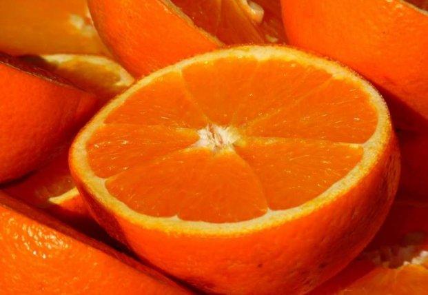 Медики назвали идеальное время для употребления фруктов