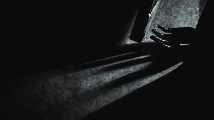 Протекший потолок помог спасти парализованную жительницу Подмосковья