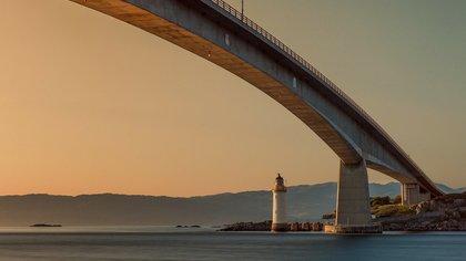 Российский чиновник раскритиковал идею строительства моста на Сахалин