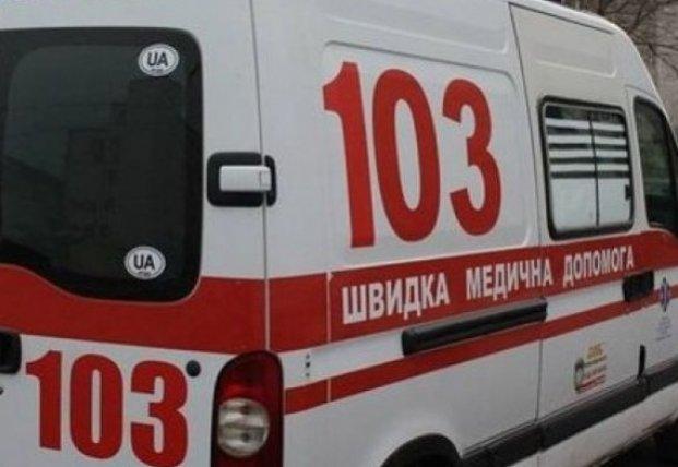 В Чернигове женщина упала с моста: ее госпитализировали в реанимацию