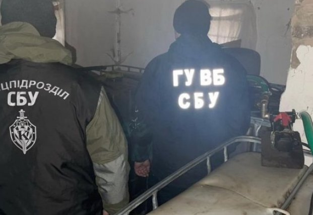 В Сумской области банда врезалась в трубу и выкачала нефть на 20 млн гривен (видео)