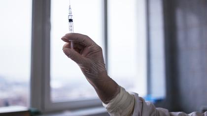 Глава Минздрава РФ рассказал о необязательности сдавать тест на COVID-19 перед вакцинацией
