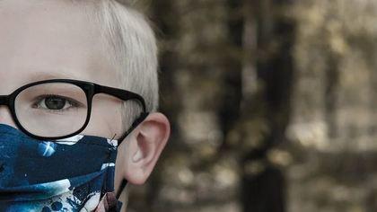 Британские эксперты выявили особенные симптомы нового штамма коронавируса у детей