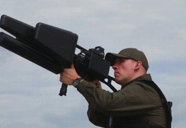 Как помогут нашей армии литовские антидроновые винтовки ЕDМ4S