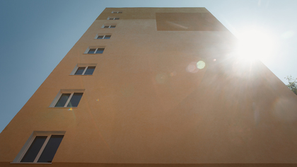 Специалисты рассказали об идеальном заработке для покупки квартиры в России
