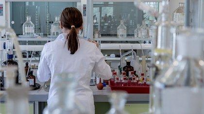 Российский врач предупредил о риске новой волны коронавируса весной