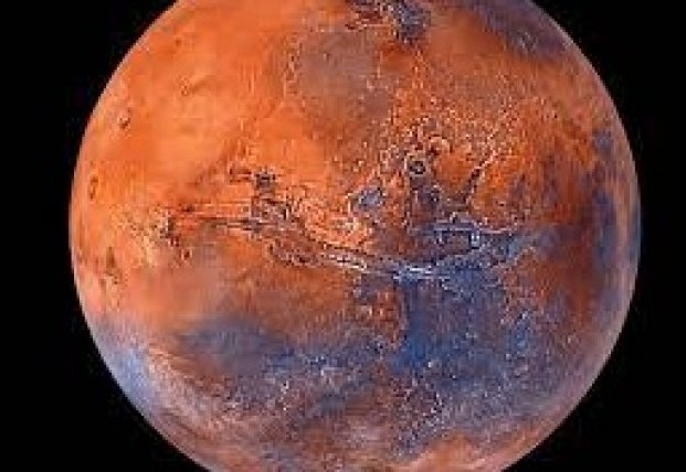 На Марсе обнаружили загадочные трещины длиной тысячи километров (фото)