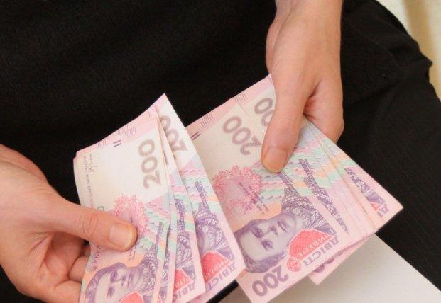 В НСЗУ рассказали, сколько учреждениям будут платить за лечение инсульта и инфаркта