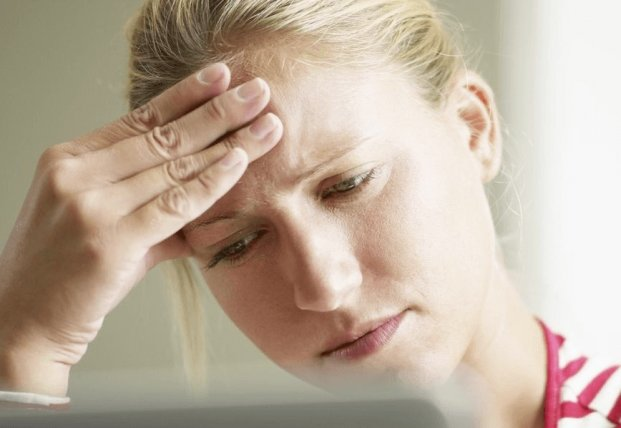Медики назвали причины появления постоянных головных болей