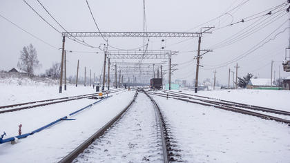 Женщина погибла при наезде поезда в Кузбассе