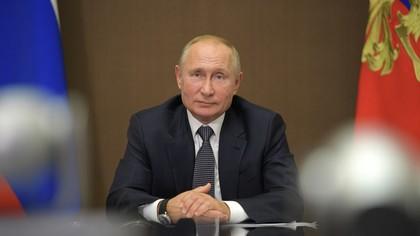 Песков подтвердил согласование видеоконференции Путина, Макрона и Меркель