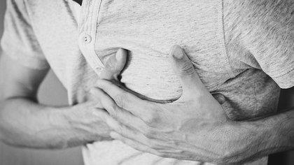 Британские врачи назвали чувство тревоги симптомом сердечного приступа
