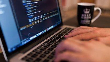 Минцифры РФ прокомментировало информацию об отключении части провайдеров