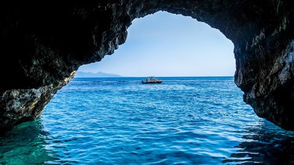 Власти Греции заявили о полном открытии границ для туристов