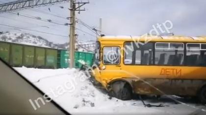 Автобус для детей попал в серьезное ДТП в Кузбассе