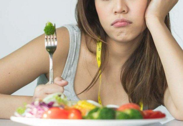 Медики назвали ошибки в питании, которые мешают сбросить вес