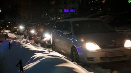 Многокилометровые пробки на автотрассе возмутили кузбассовцев