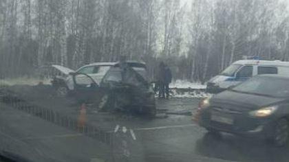 Пять человек пострадали в тройном ДТП в Рудничном районе Кемерова